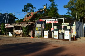 Daly-Waters,-NT-2013-04-18-001
