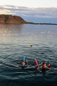 Lake-Argyle, Swimming